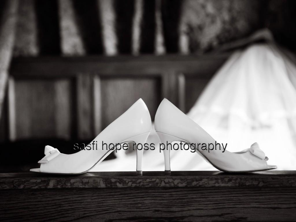 Bournemouth_wedding_photography_B-W 09